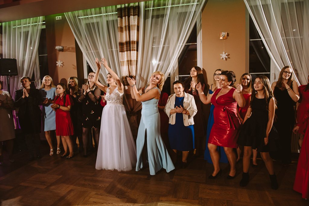 Hotel zielone zacisze slub wesele strawczyn kielce chelmce mniow jedrzejow 58 52