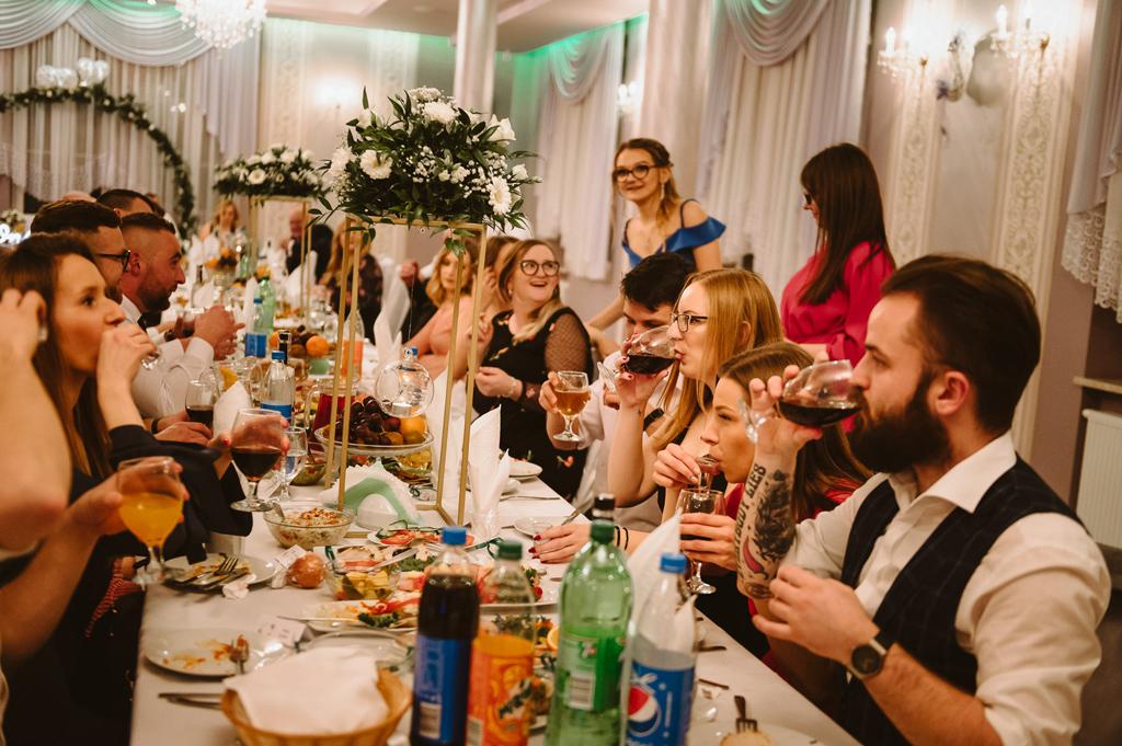 Hotel zielone zacisze slub wesele strawczyn kielce chelmce mniow jedrzejow 63 57