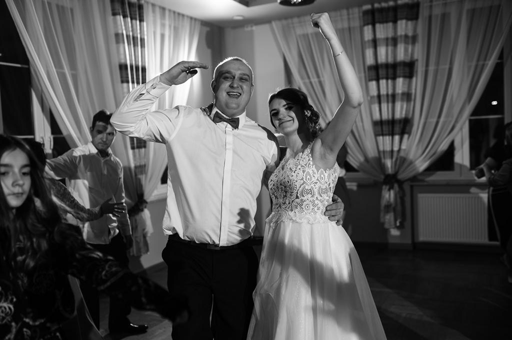 Hotel zielone zacisze slub wesele strawczyn kielce chelmce mniow jedrzejow 77 70