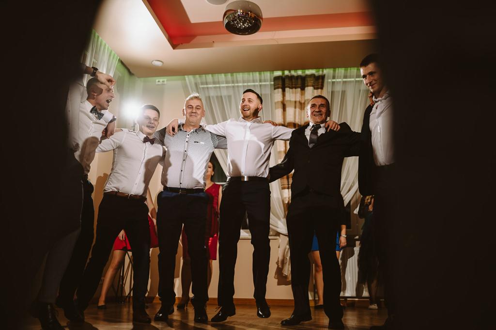 Hotel zielone zacisze slub wesele strawczyn kielce chelmce mniow jedrzejow 83 76