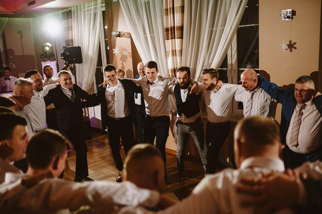 Hotel zielone zacisze slub wesele strawczyn kielce chelmce mniow jedrzejow 84 84